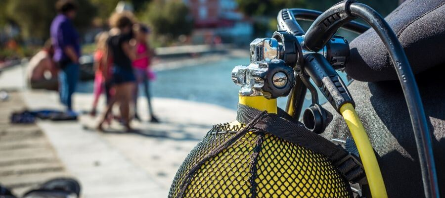 scuba regulator guide